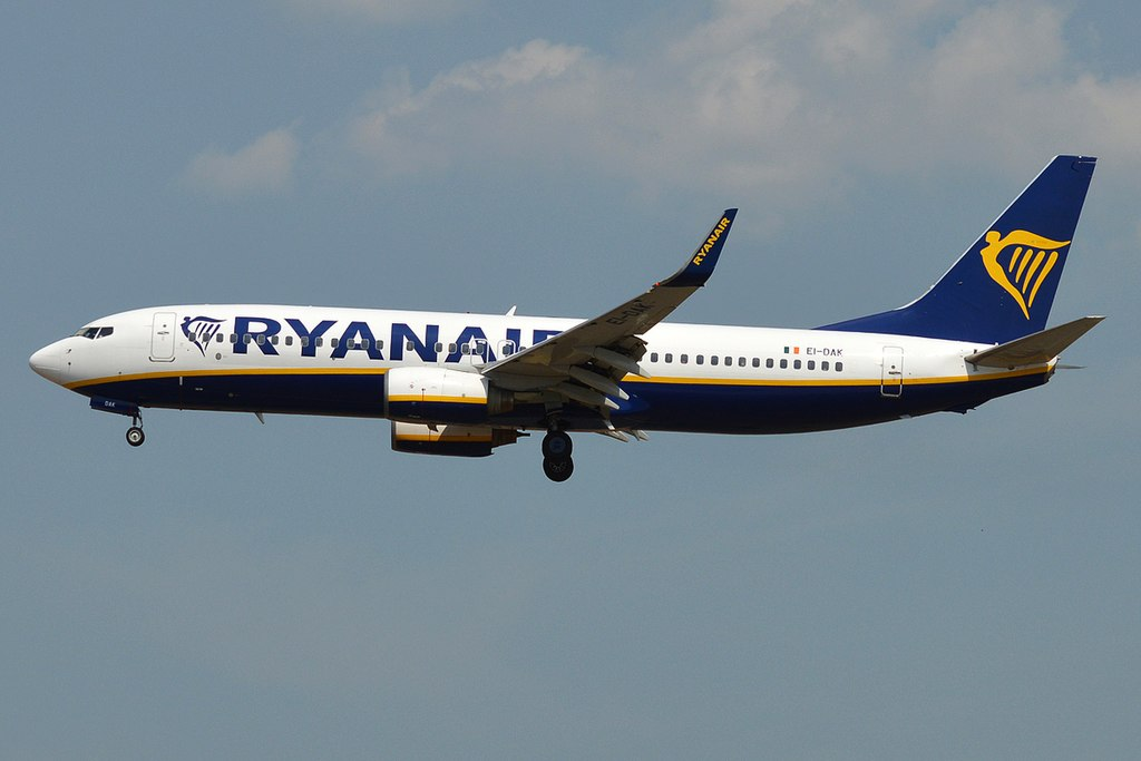 Boeing-737-8ASWL-EI-DAK-Ryanair-at-Frankfurt-Airport