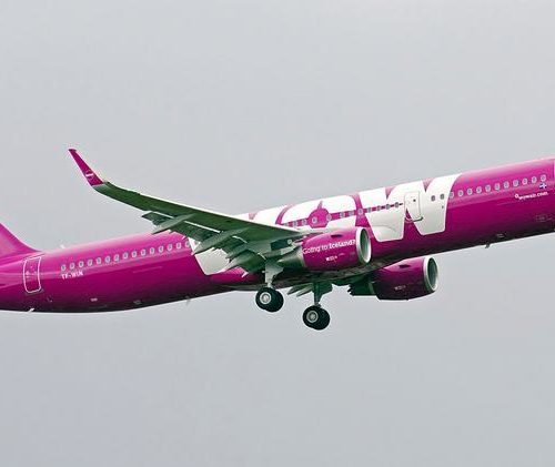 WOW Air collapses, passengers left stranded