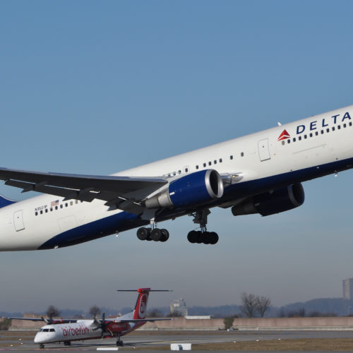 Delta obtains $2.6 billion credit facility