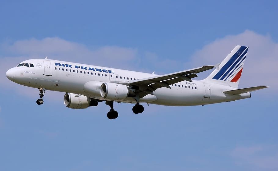 airplane-aircraft-commercial-airline Air France